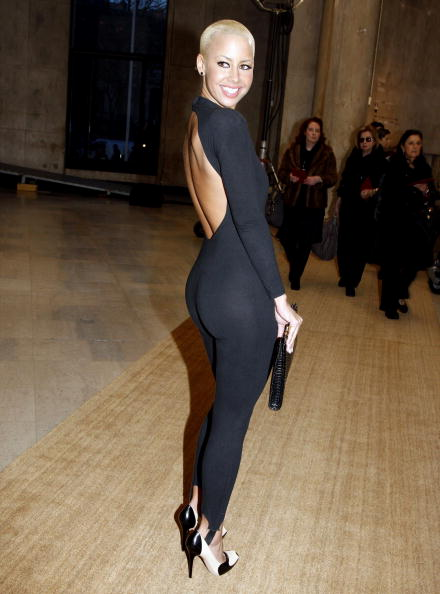 Yves Saint Lauren : Paris Fashion Week Ready-to-Wear A/W 09