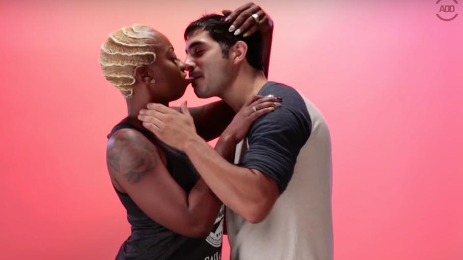 Ebony Kissing White Guys