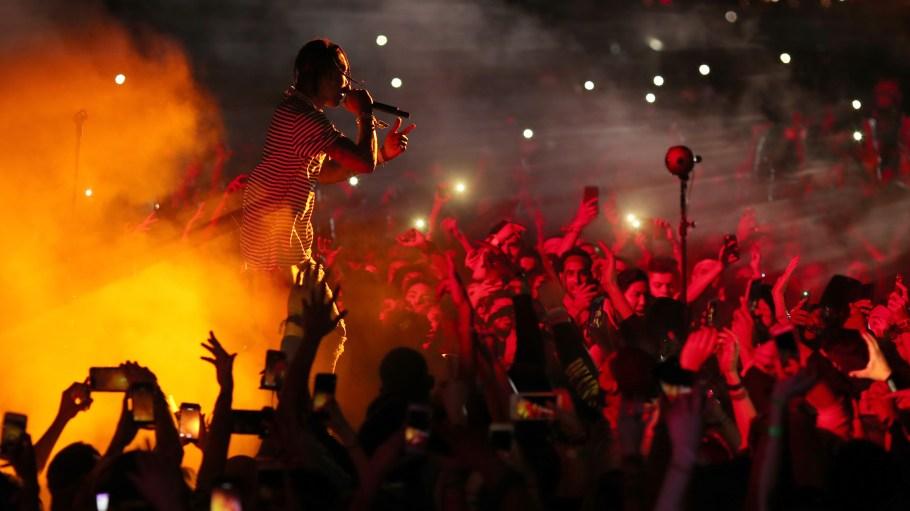 Travi$ Scott Was Hip-Hop's Savior For Night 1 Of Coachella 2017 – VIBE.com