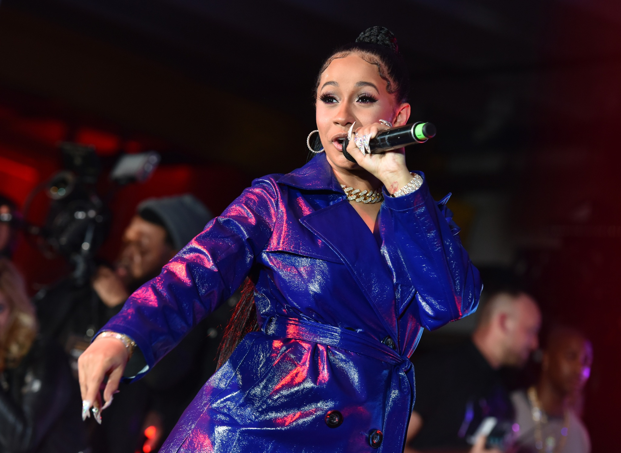 Cardi B Reportedly Getting Gang Threats After Dissing