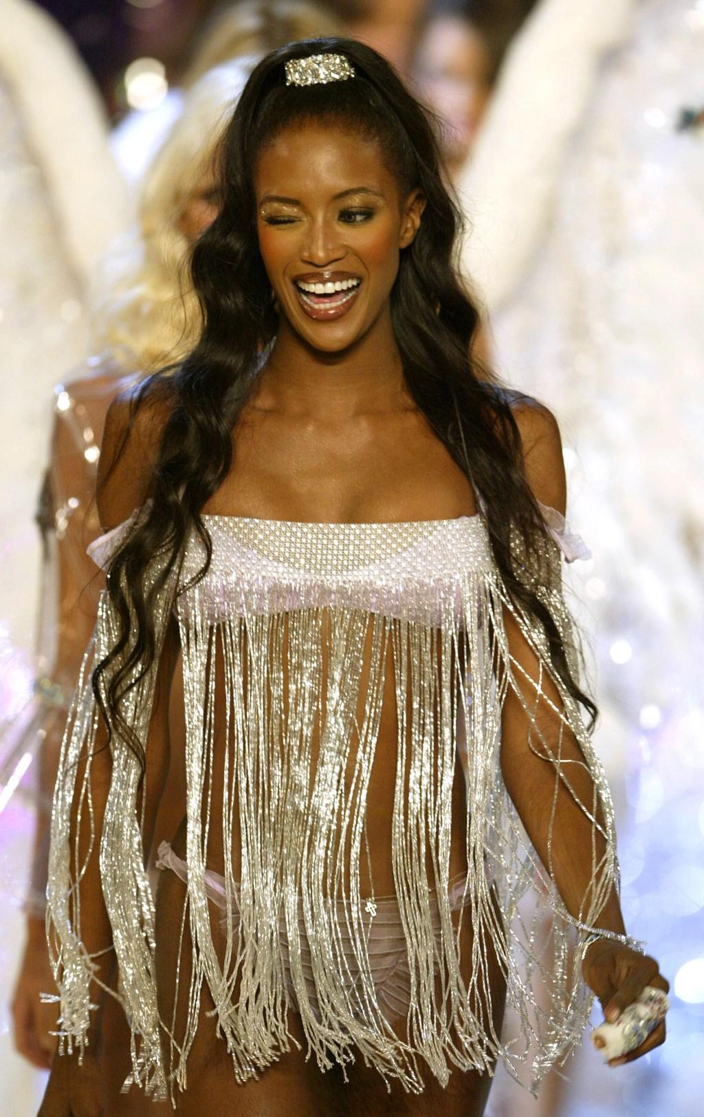 Naomi Campbell-Crimped-Hair-Kim-Kardashian