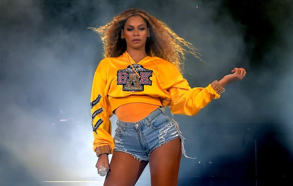 Beyonce-Crimped-Hair-Kim-Kardashian