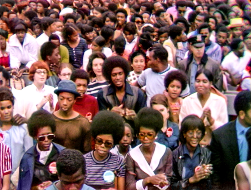 Summer of Soul crowd
